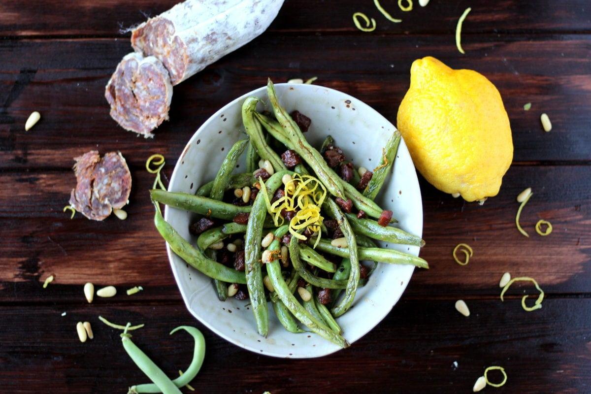 Green Beans with Chorizo, Pine Nuts and Lemon Zest - thewoodenskillet.com #sidedish #gardenfresh