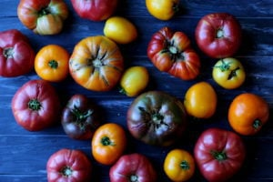Heirloom Tomatoes - thewoodenskillet.com #garden