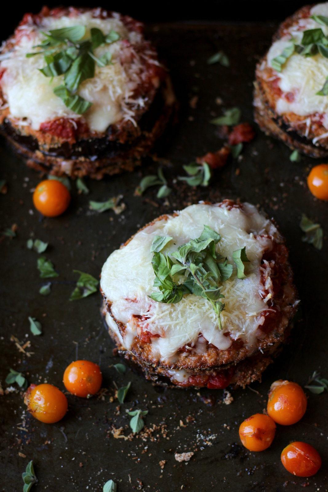 Baked Eggplant Parmesan - thewoodenskillet.com #dinner #entree