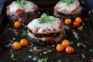 Baked Eggplant Parmesan -- thewoodenskillet.com #dinner #meatless