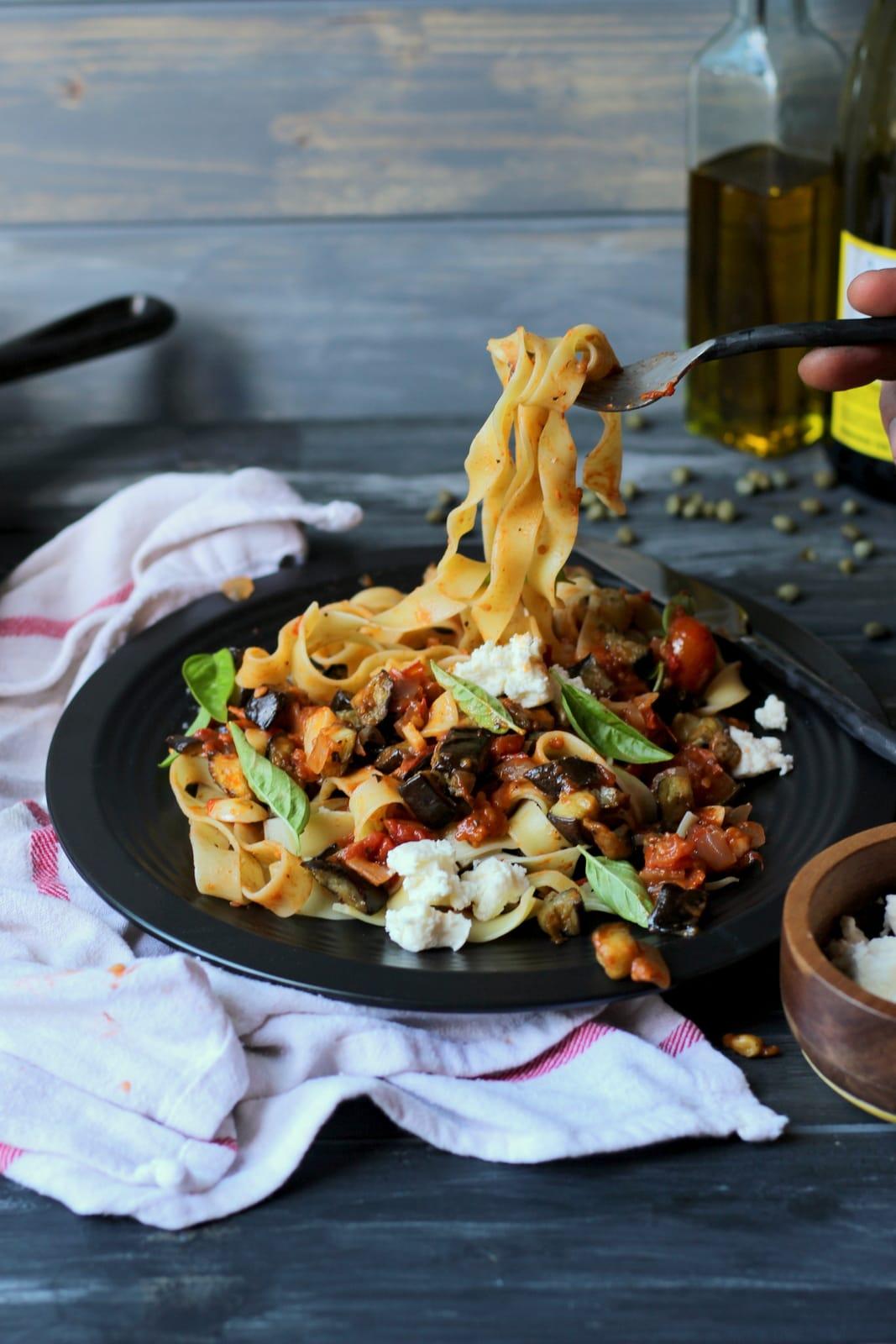 Roasted Eggplant Ragu + Pappardelle Pasta - thewoodenskillet.com #meatless #pastnight