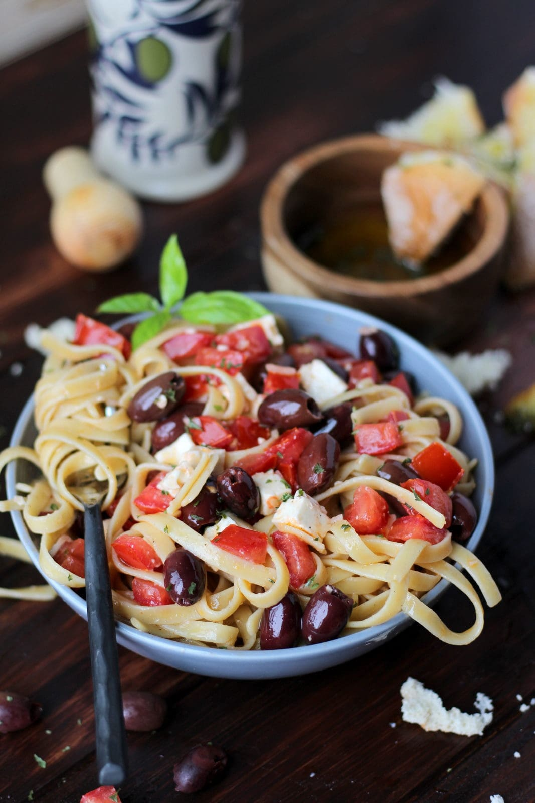 Warm Greek Pasta - thewoodenskillet.com #meatless #vegetarian #lunch