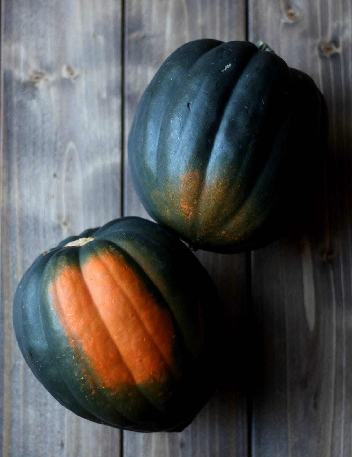 How to cook acorn squash. thewoodenskillet.com
