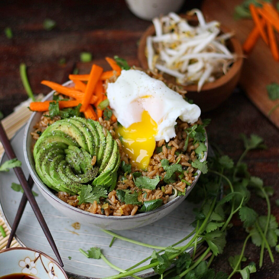 Cilantro Fried Rice + Avocado and Poached Egg - awesome vegetarian rice bowl recipe! thewoodenskillet.com #recipe #foodphotography