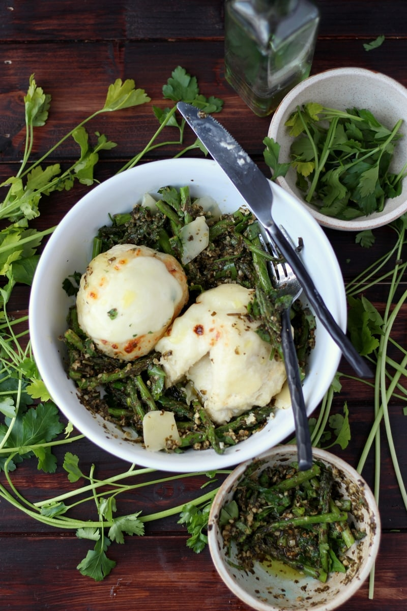 Cheese-Stuffed Dumplings + Pesto and Roasted Asparagus. The perfect meatless meal! thewoodenskillet.com