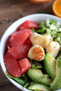 Seared Scallop Salad + Grapefruit and Avocado. A healthy, quick and easy salad! thewoodenskillet.com
