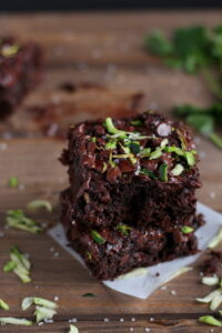 Healthy Double Chocolate Zucchini Brownies - a healthier version of your classic brownies with 2 cups of zucchini! thewoodensillet.com