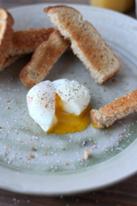 How to Soft-Boil an Egg. A fool-proof way to get the perfect soft boiled egg every time! thewoodenskillet.com
