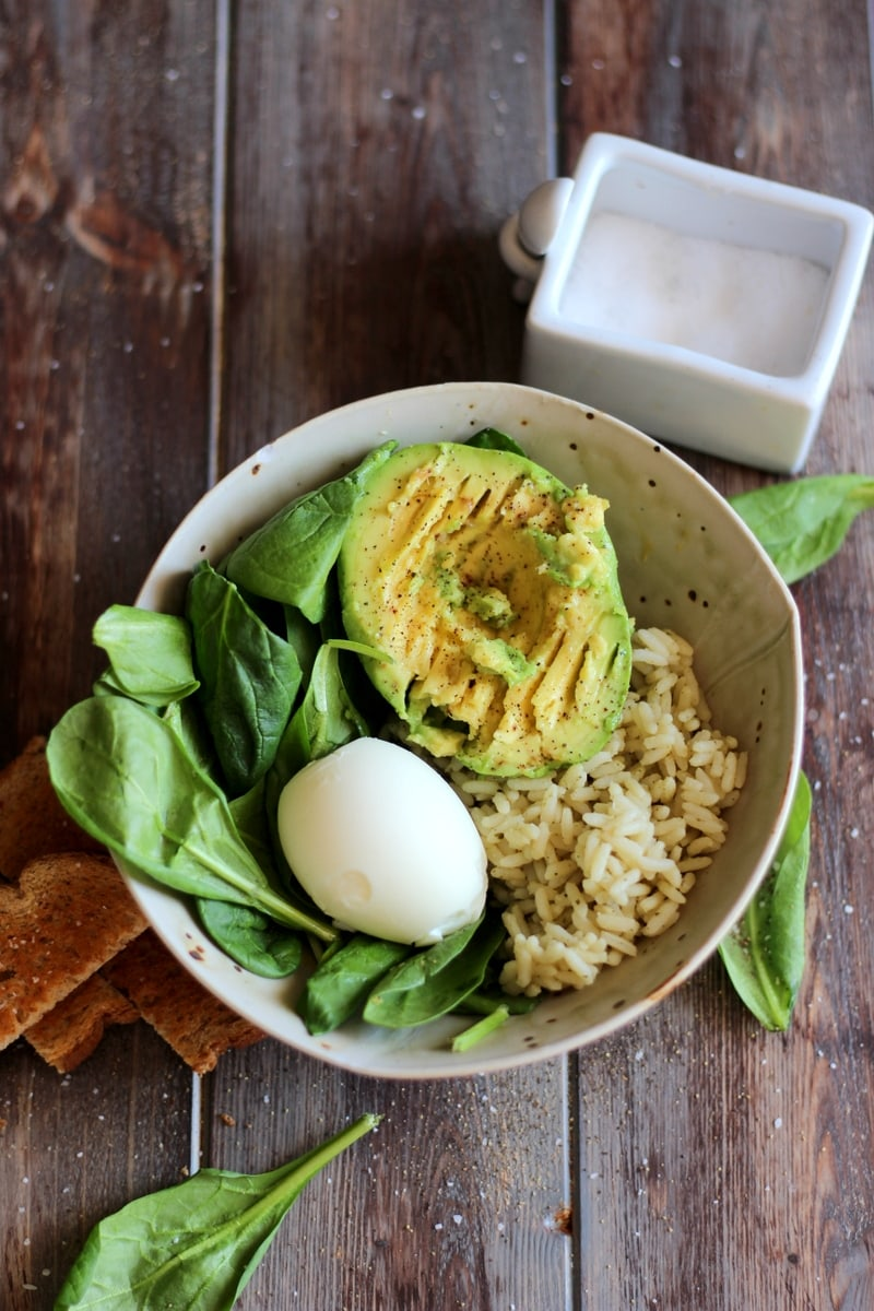 Healthy Avocado and Egg Lunch Bowl