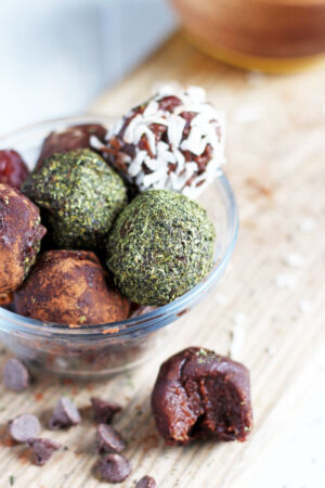 Easy Chocolate and Coconut Butter Energy Balls - thewoodenskillet.com