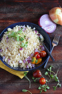 How to Make Cauliflower Rice - thewoodenskillet.com