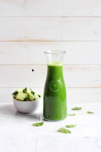 Healthy Cucumber-Mint Morning Green Juice - vegan and Whole30, this simple green juice is packed with nutrients! Perfect way to start the day! thewoodenskillet.com