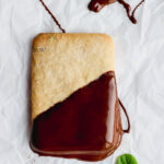 Mint Chocolate Vegan Shortbread Cookies - a light and delicious holiday treat!! #vegan #veganchristmascookies