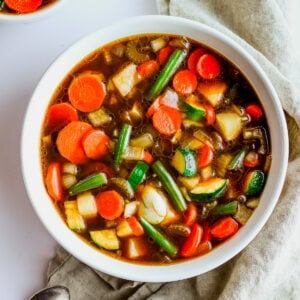 Savory Whole30 Vegetabe Soup - the most delicious vegetable soup ever - perfect winter soup! #whole30