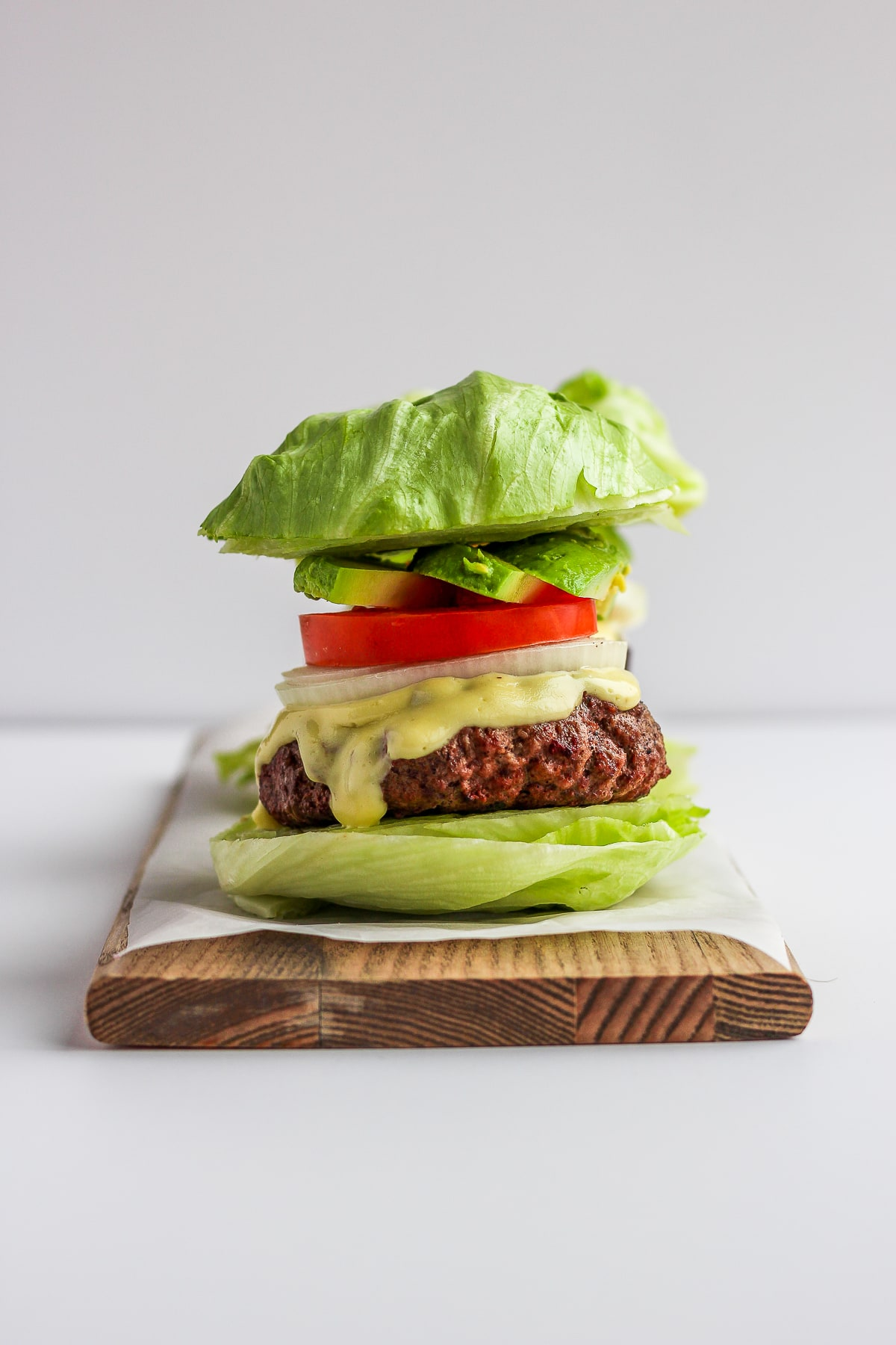 Amazing Whole30 Garlic Burgers