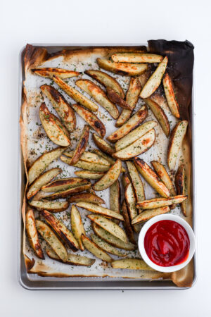 Perfectly Crispy Potato Wedges - the perfect addition to any meal! #whole30 #paleo