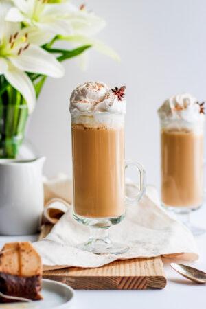 Dairy Free Chai Tea Latte - the perfect afternoon treat! #paleo #vegan #dairyfree