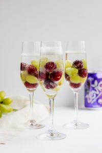 Frozen Grape Mimosa Mocktail - a quick and delicious Mother's Day treat! #vegan #mothersday