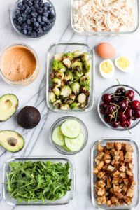 My Basic Approach to Healthy Meal Prep 2018 - a guide on what to plan for your week and what to have in your pantry!! #mealprep #easymealprep #healthymealprep #whole30