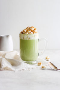 Dairy-Free Matcha White Hot Chocolate - a fun and delicious spin on your classic hot chocolate! It is so amazing! A must-try recipe! #vegan #matcha #matcharecipes #hotchocolate #dairyfreerecipes #dairyfreehotchocolate #christmas #holidayrecipes #veganhotchocolate