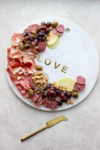 Romantic Valentine's Day Dinner for Two - a delicious and fun tasting boards for two! #valentinesdaydinnerfortwo #dinnerfortwo #valentinesdaydinner #valentinesday #grazingboard #charcuterie #charcuterieboard #datenight #glutenfree #grainfree #dairyfree #foodphotography