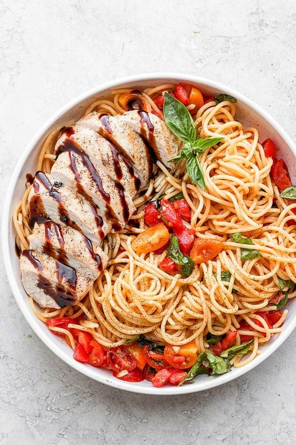 Bruschetta Chicken Pasta in a bowl.