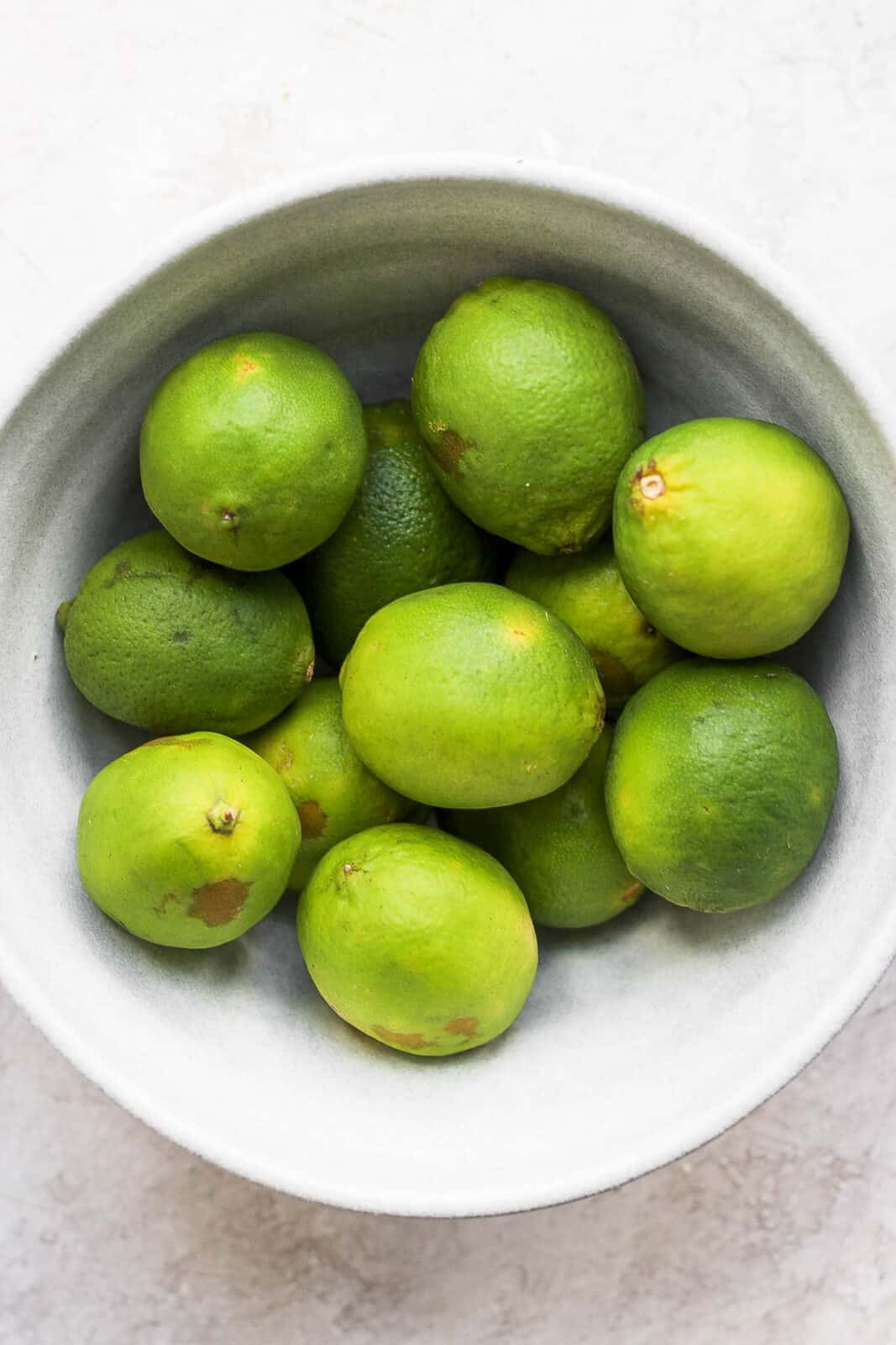 Bowl of limes.