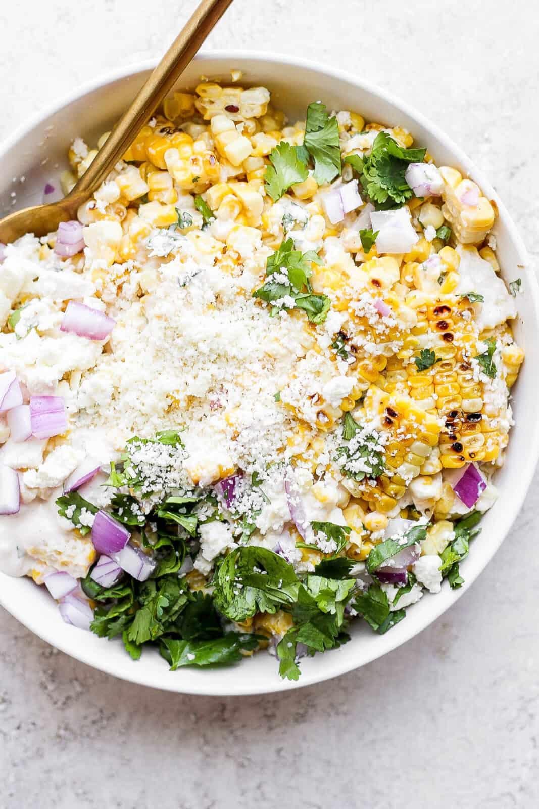Bowl of Mexican street corn salad.