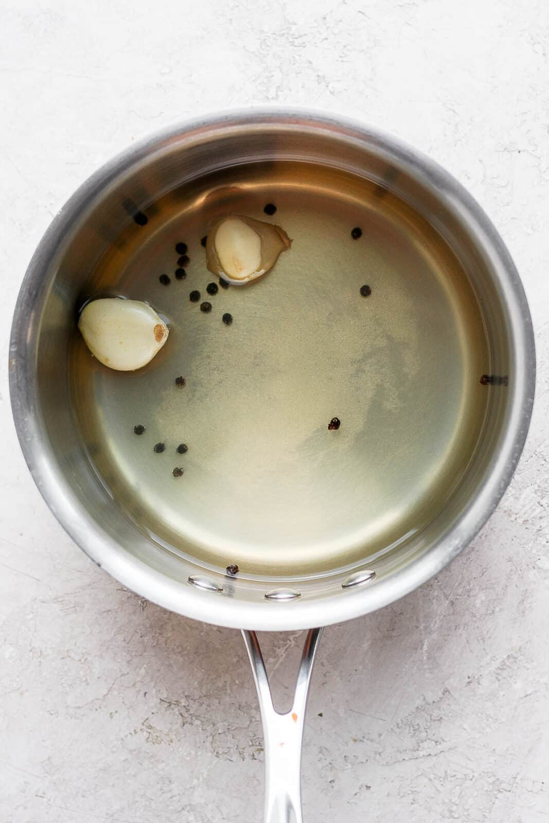 Sauce pan with brine for pickles.